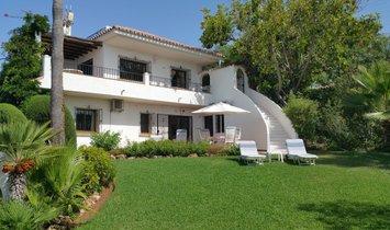 Villa in Elviria, Andalusia, Spain