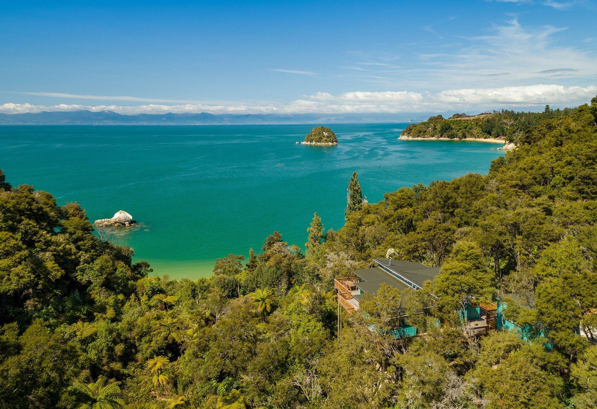 House in Kaiteriteri, Tasman, New Zealand 1