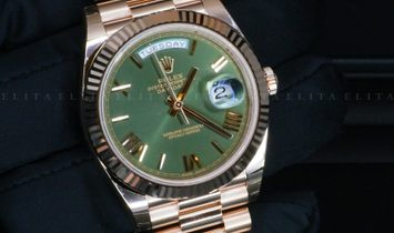 Rolex Day-Date 40 228235-0025 18 Ct Everose Gold Olive Green Dial