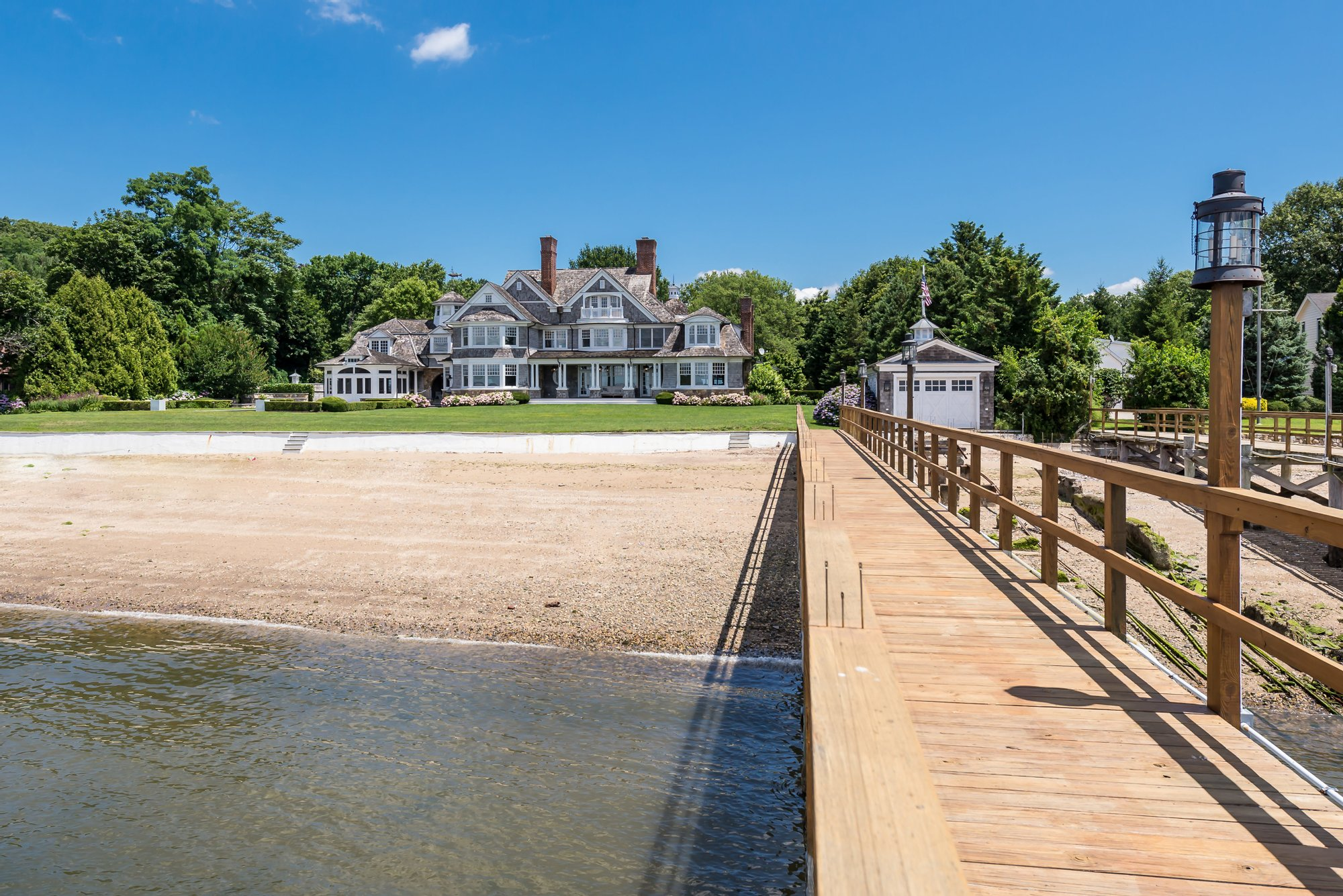 House in Port Washington, New York, United States 1 - 11046946
