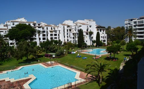 Apartment in Puerto Banús, Andalusia, Spain