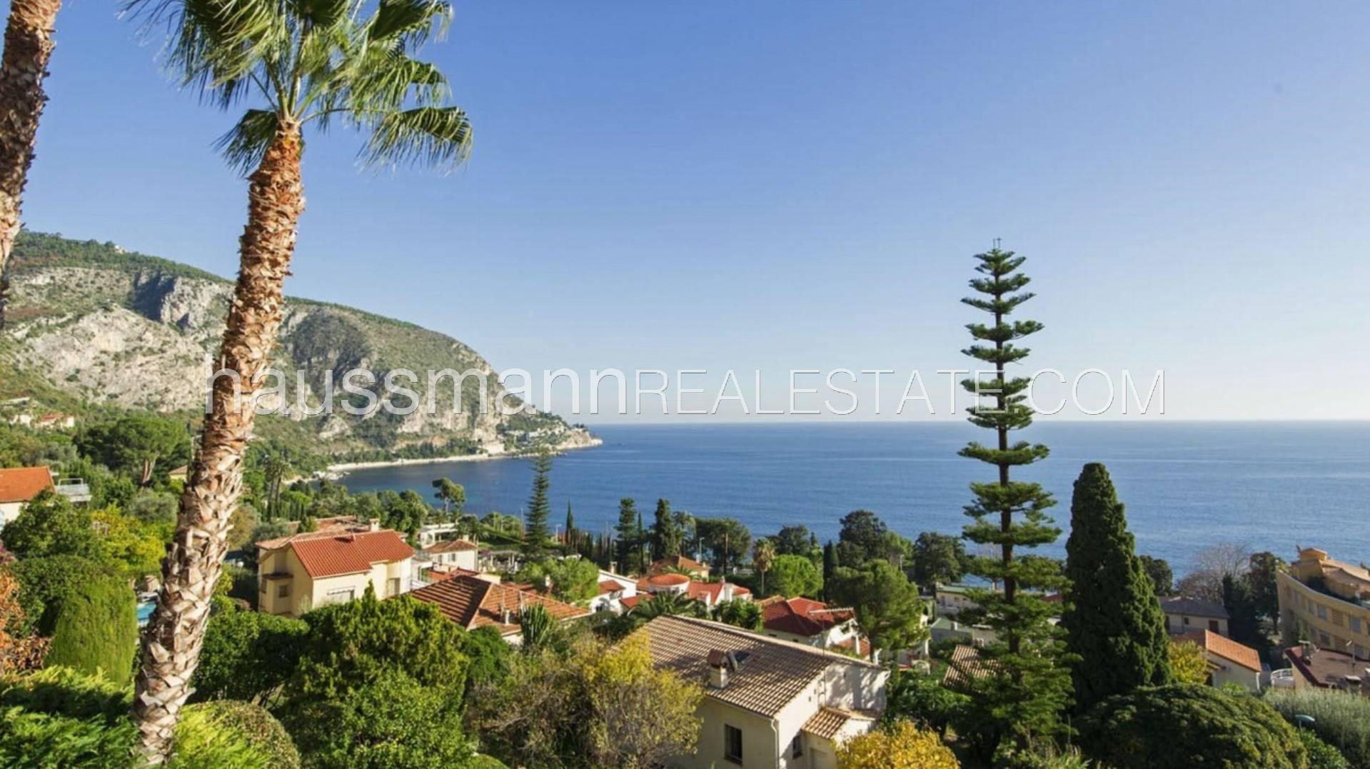 Villa in Èze, Provence-Alpes-Côte d'Azur, France 1 - 10883908