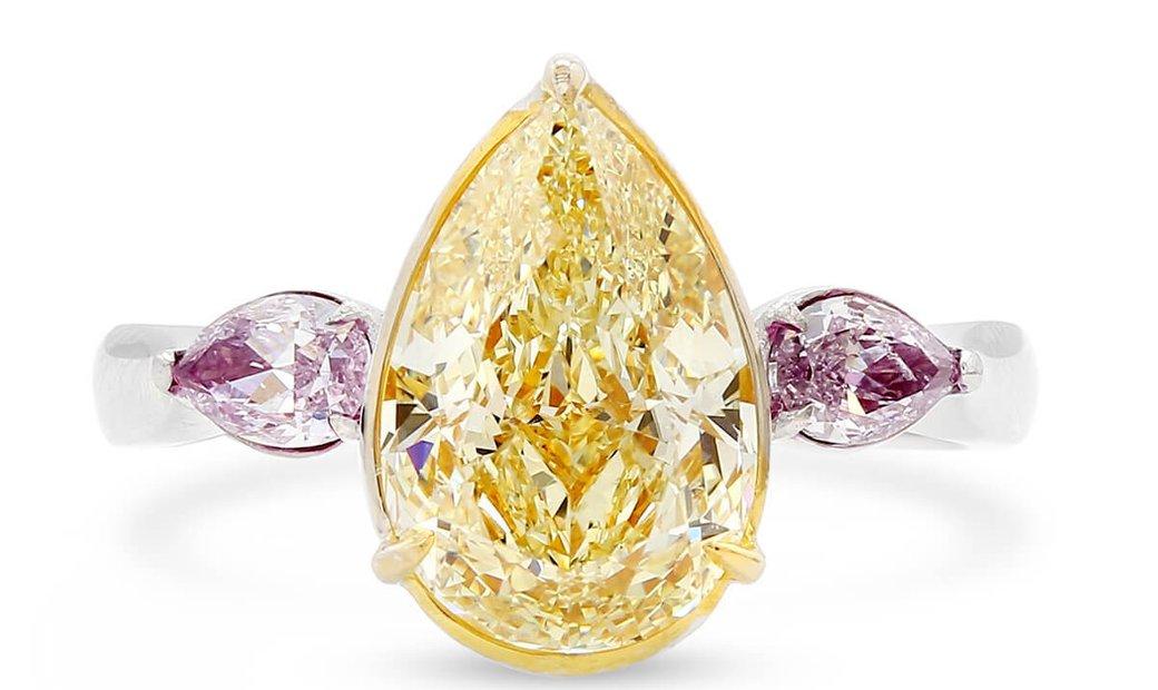 Fancy Yellow Diamond Ring, 2.51 Ct. (2.86 Ct. TW), Pear shape, GIA Certified, JCRF05426597