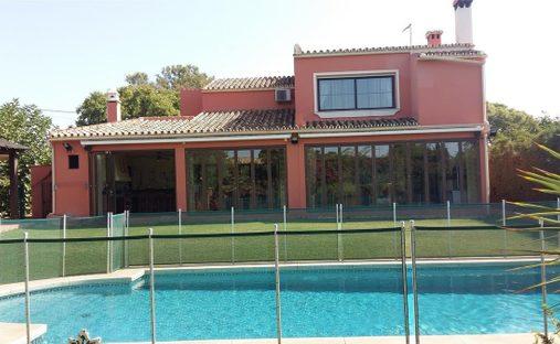 Villa in San Pedro de Alcántara, Andalusia, Spain