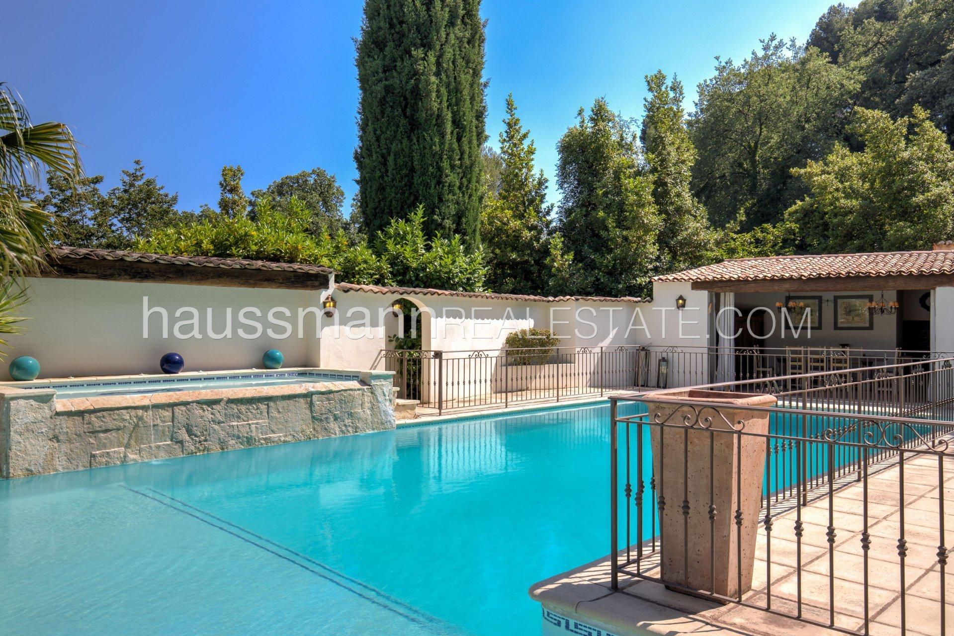 Villa in Nice, Provence-Alpes-Côte d'Azur, France 1 - 10883882