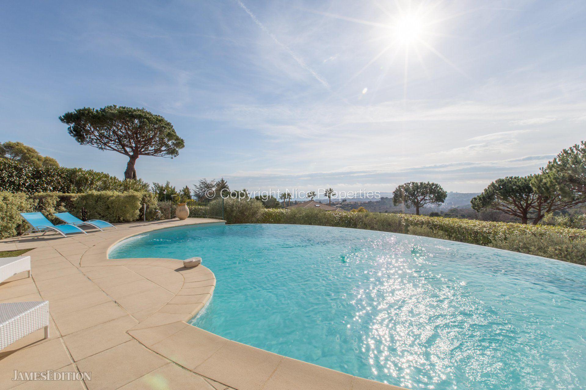 House in Villeneuve-Loubet, Provence-Alpes-Côte d'Azur, France 1