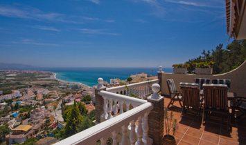 Вилла в Нерха, Андалусия, Испания 1