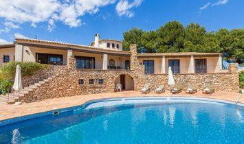 Villa en Calpe, Comunidad Valenciana, España 1