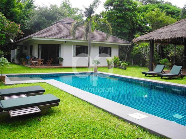 House in Nam Phrae, Chiang Mai, Thailand 1