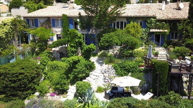 Villa in Coursegoules, Provence-Alpes-Côte d'Azur, France 1
