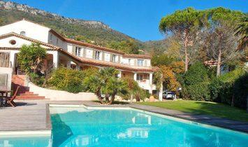 Villa in Tourrettes-sur-Loup, Provence-Alpes-Côte d'Azur, France 1