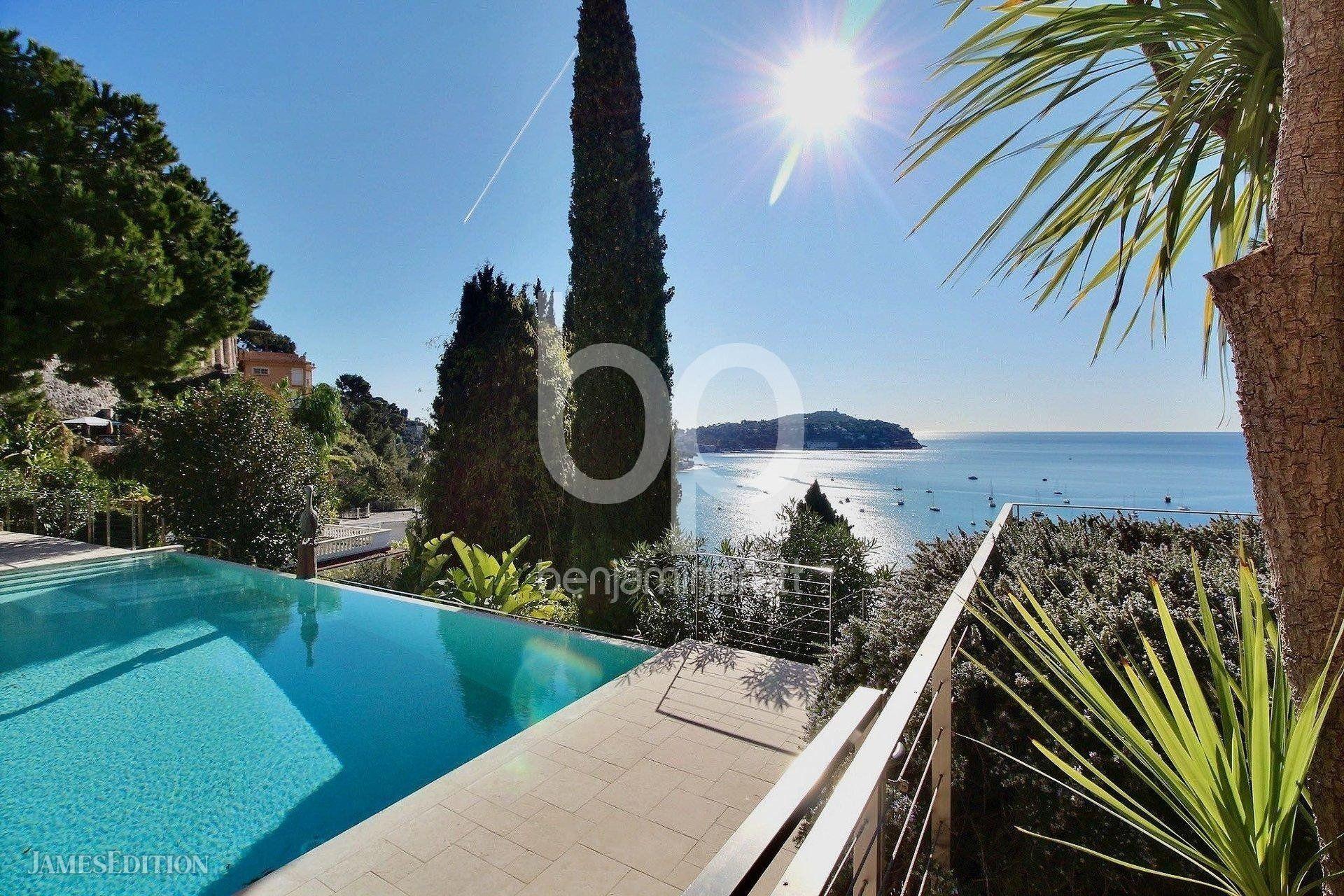 Villa in Villefranche-sur-Mer, Provence-Alpes-Côte d'Azur, France 1 - 10909134