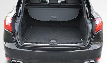 PORSCHE Cayenne Turbo S Carbon Pano. Distro.PDLS+