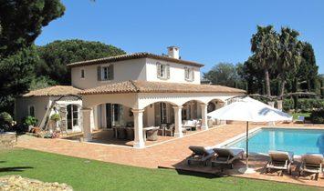 Estate in Saint-Tropez, Provence-Alpes-Côte d'Azur, France 1