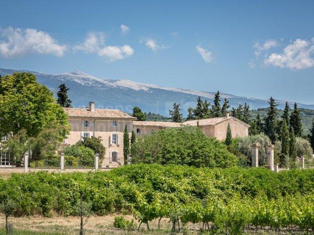 Villa in Mazan, Provence-Alpes-Côte d'Azur, France 1
