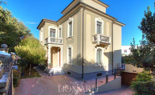 Villa in Voghera, Lombardy, Italy