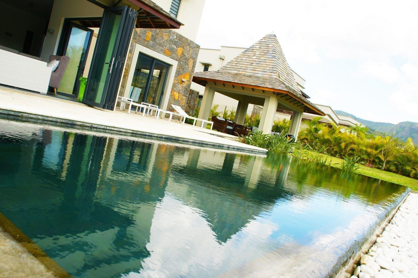 Villa in Tamarin, Rivière Noire District, Mauritius 1