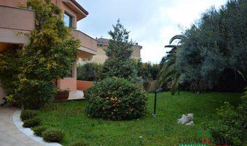 Villa à Raguse, Sicile, Italie 1
