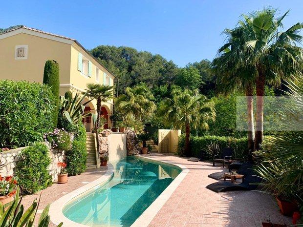 House in Castellar, Provence-Alpes-Côte d'Azur, France 1