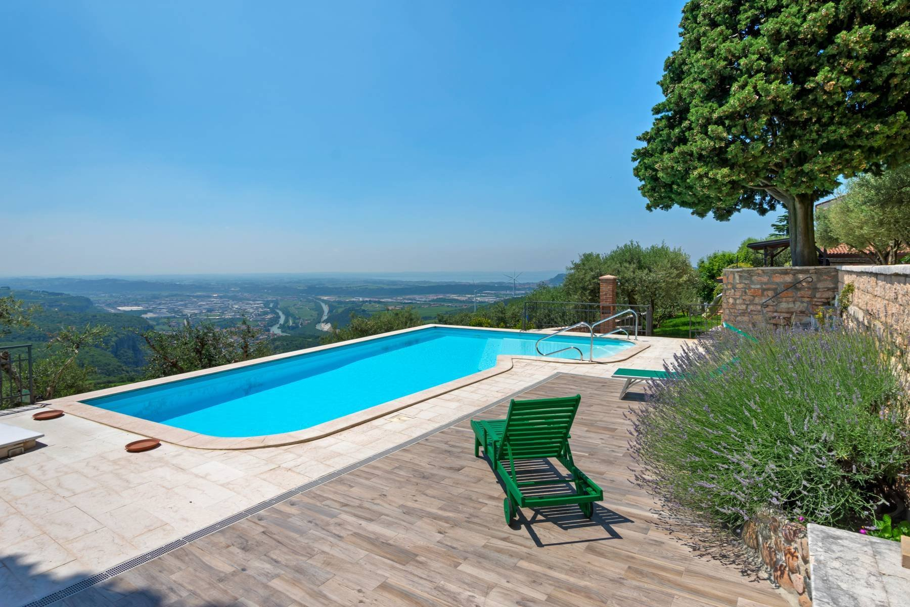 House in Sant'Ambrogio di Valpolicella, Veneto, Italy 1