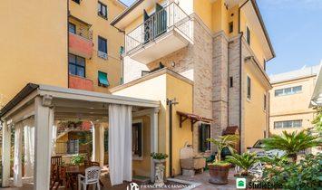 Villa in San Benedetto del Tronto, Marche, Italy 1