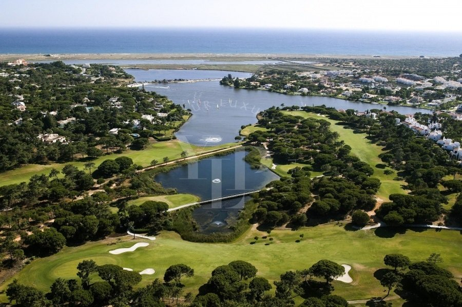 Land in Alamansil, Algarve, Portugal 1