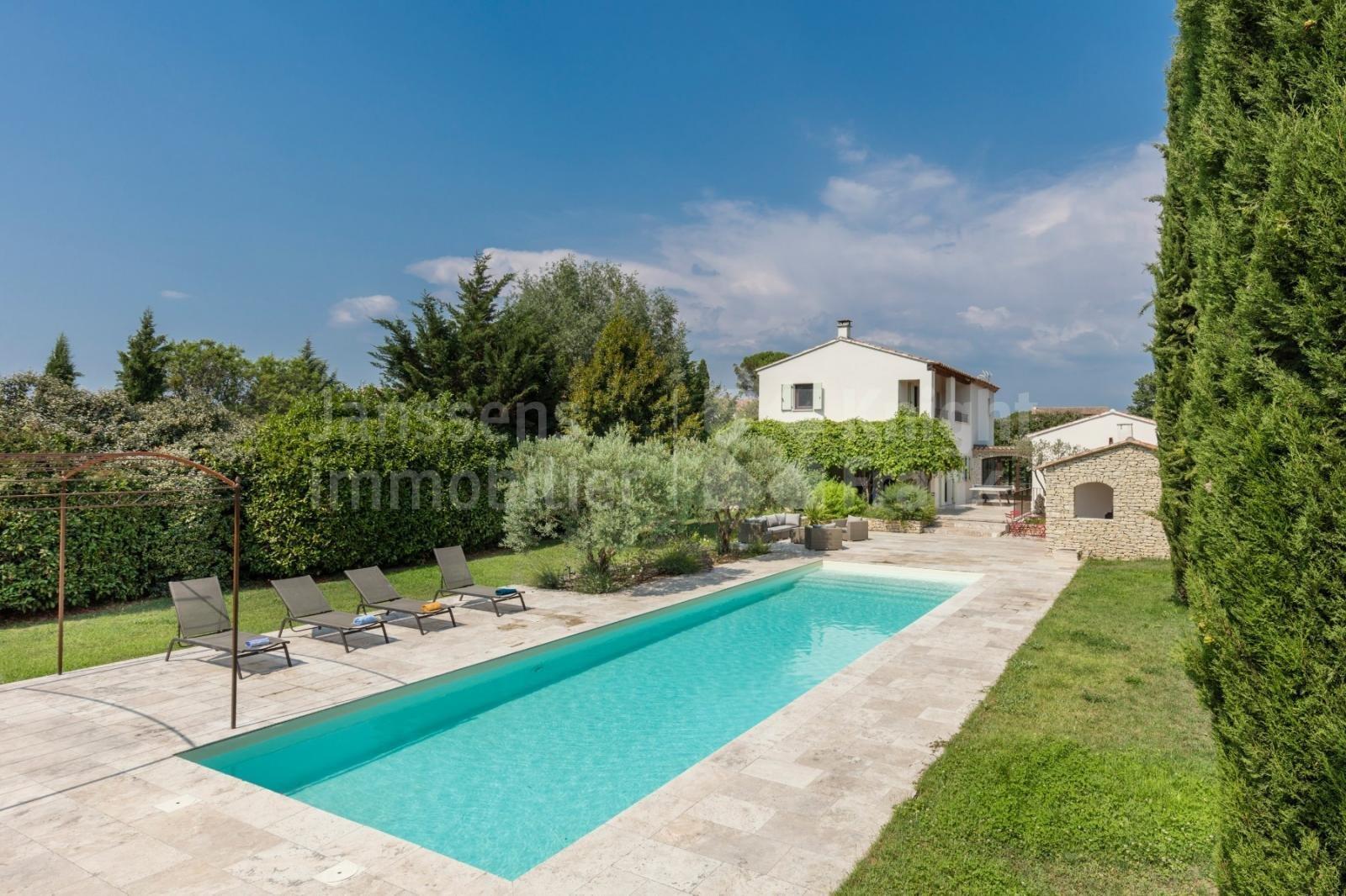 Villa in Bonnieux, Provence-Alpes-Côte d'Azur, France 1