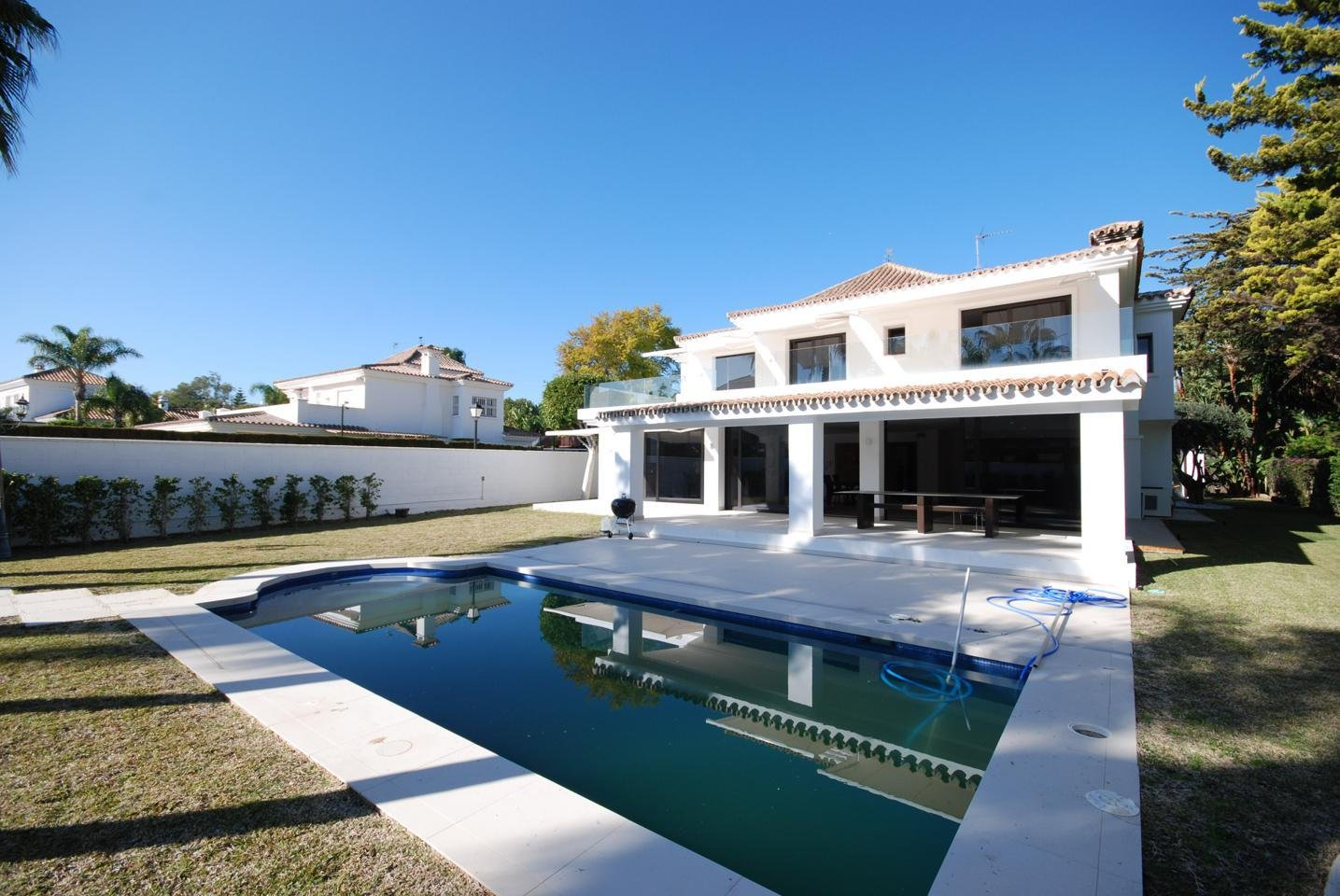 Villa in Atalaya Isdabe, Andalusia, Spain 1 - 10983608