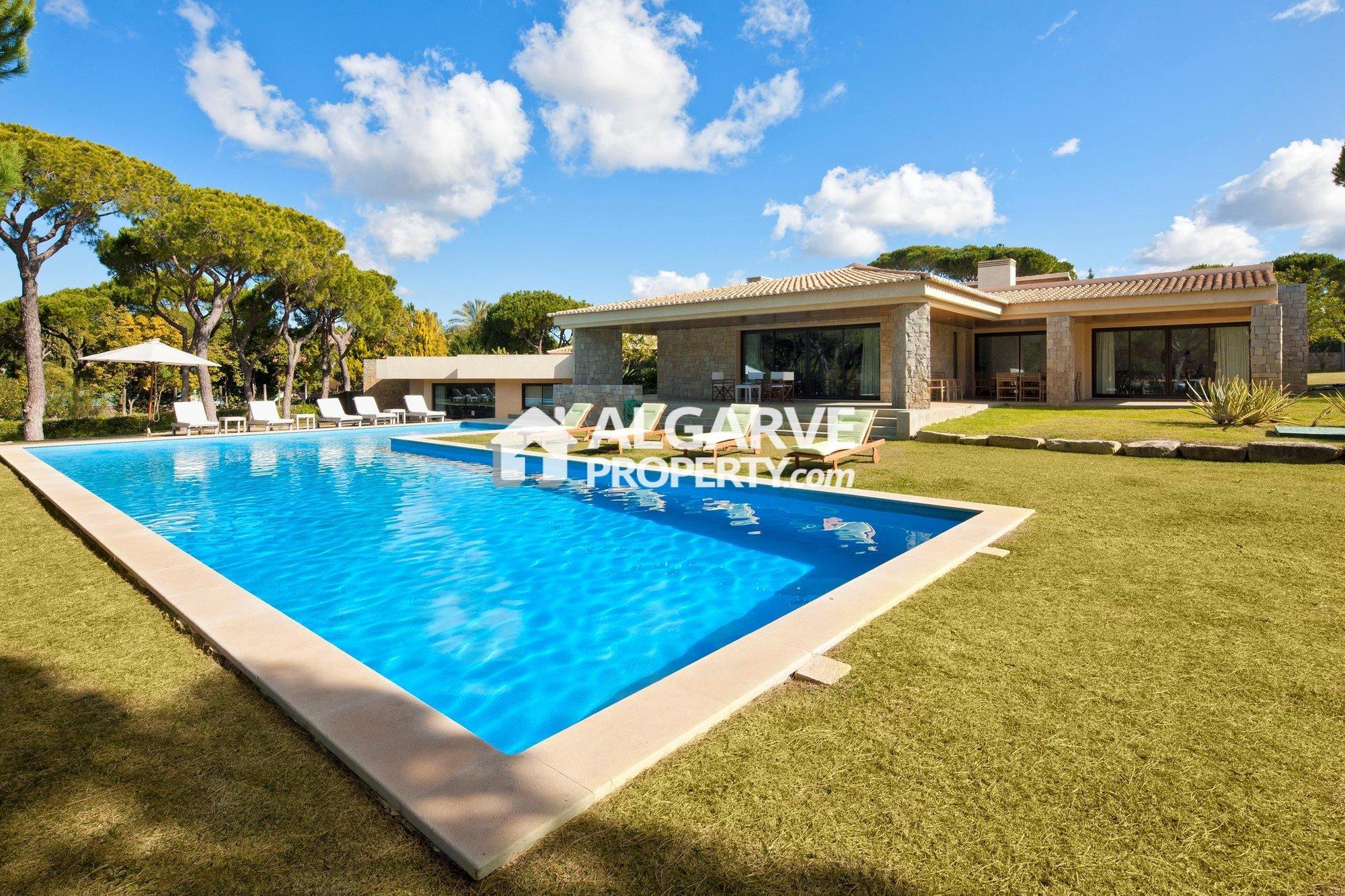 Villa in Vilamoura, Algarve, Portugal 1