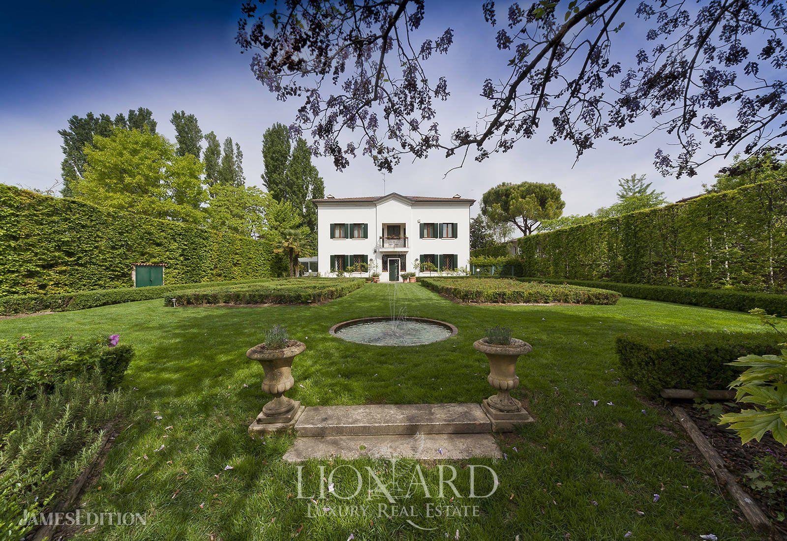 Villa in Treponti, Veneto, Italy 1