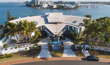 House in Paradise Point, Queensland, Australia