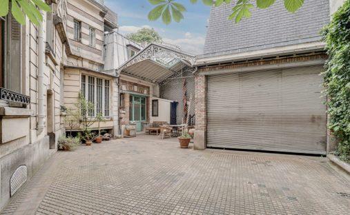 House in Paris, Île-de-France, France