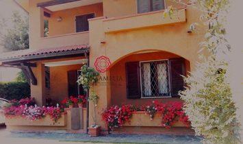 Villa a Forte dei Marmi, Toscana, Italia 1