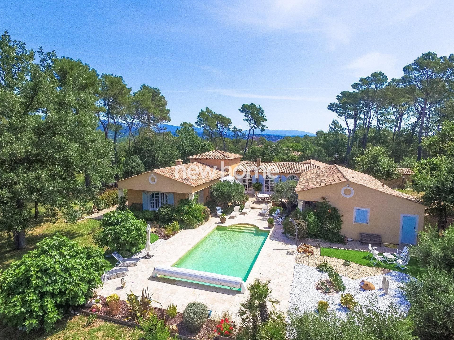 Villa in Seillans, Provence-Alpes-Côte d'Azur, France 1
