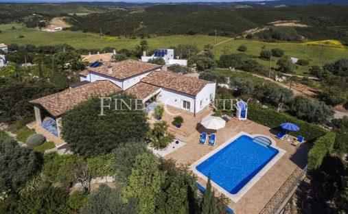 House in Alvor, Faro, Portugal