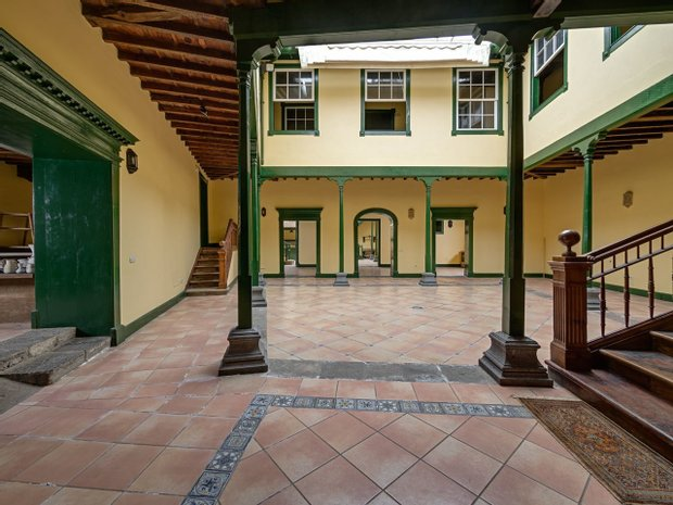 Chalet in La Orotava, Canary Islands, Spain 1