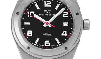 IWC Ingenieur IW322703, Arabic Numerals, 2013, Good, Case material Titanium, Bracelet m