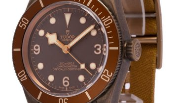 Tudor Heritage Black Bay 79250BM, Arabic Numerals, 2019, Very Good, Case material Bronz