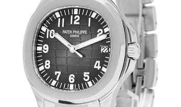 Patek Philippe Aquanaut 5167/1A, Arabic Numerals, 2016, Very Good, Case material Steel,