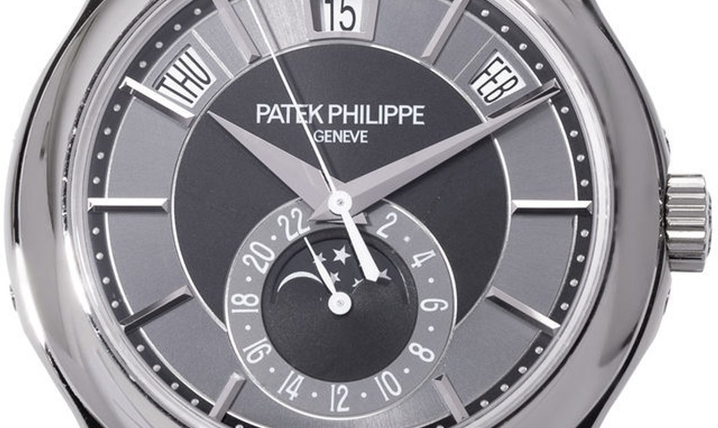 Patek Philippe Complications 5205G-010, Baton, 2014, Very Good, Case material White Gol