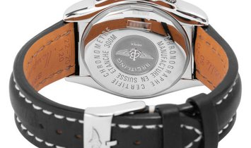 Breitling Chronomat Evolution A13356, Baton, 2009, Very Good, Case material Steel, Brac