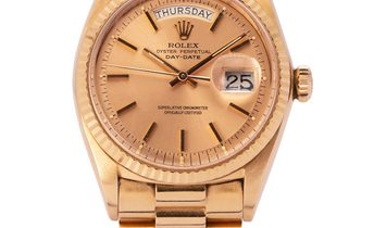 Rolex Day-Date 1803, Baton, 1972, Good, Case material Yellow Gold, Bracelet material: Y