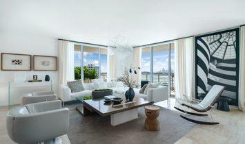 Condo in Miami Beach, Florida, United States