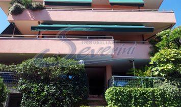 Дом в Леццено, Ломбардия, Италия 1