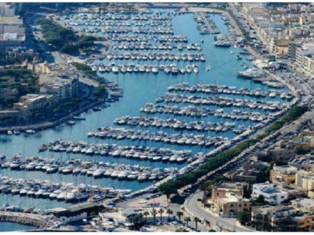 Apartment in Ta' Xbiex, Malta 1
