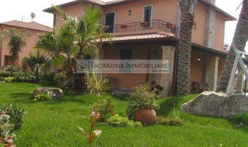 Дом в Chianchitta, Сицилия, Италия 1