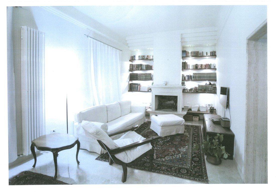Villa in Ascoli Piceno, Marche, Italy 1