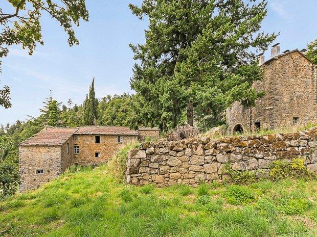 Farm Ranch in Cortona, Tuscany, Italy 1