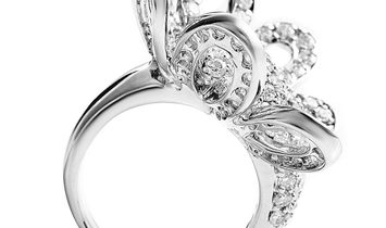 Non Branded Italian Collection 18K White Gold Diamond Pave Flower Ring 21706163