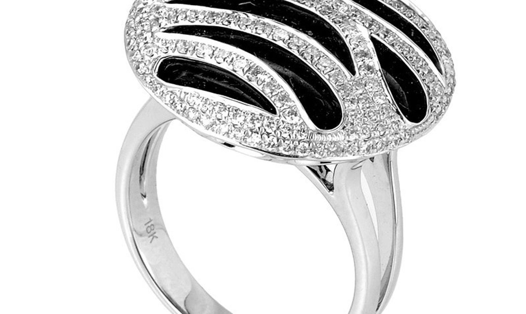 Non Branded 18K White Gold Onyx Diamond Ring CRR7678